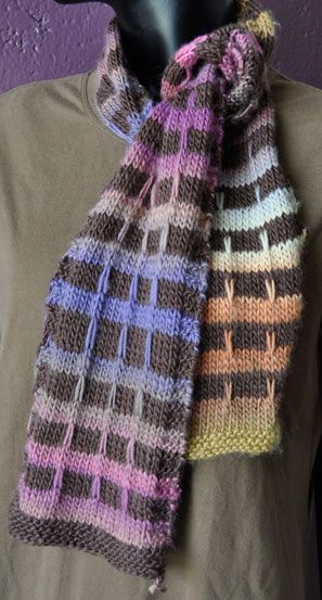 Mochi Plus & Plus Solid  Mock Plaid Scarf-I would change the colors, but I love the pattern!