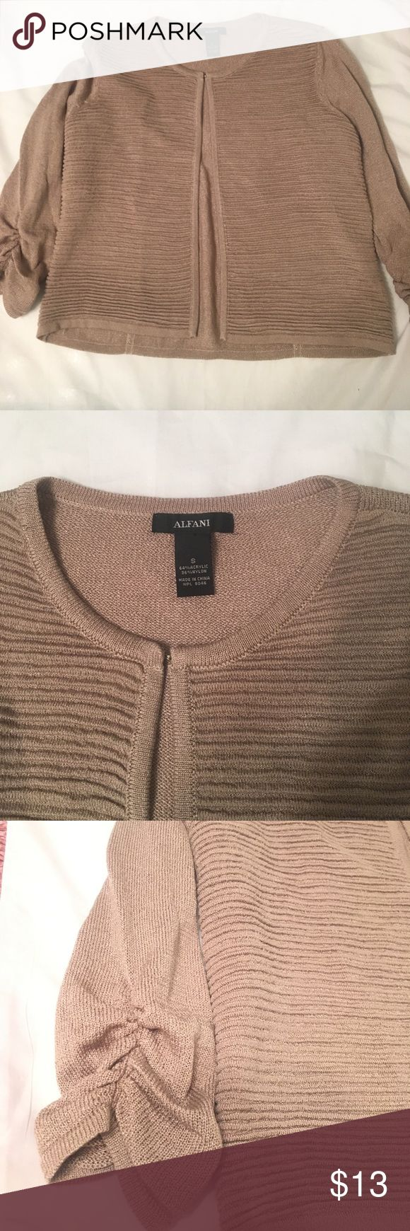 Alfani sz s open cardigan/blazer tan gold knit EUC scrunchy sleeves to a 3/4 sleeve . Open with one hook at the top . Sz small . A tan gold color Tops