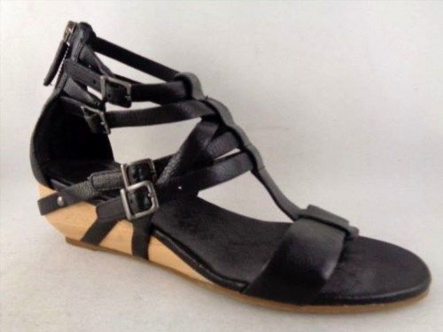 37.90$  Buy now - http://vibxf.justgood.pw/vig/item.php?t=qmqys93514 - Eileen Fisher Size 6M Gladiator Sandals Low Wedges Black Leather bed 37.90$