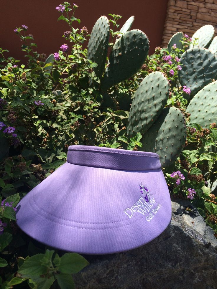 Lilac Visor | Ladies Golf Accessories | Available in the Golf Shop at www.desertwillow.com  #ladiesvisor #golfapparel #ladiesgolfapparel #golf #golfisgreat