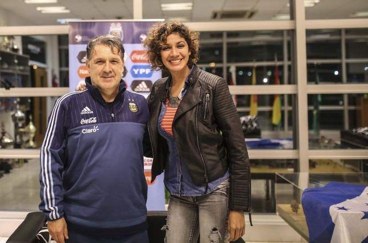 """Tata Martino a DIEZ: """"Deseo que Honduras venga con todo su potencial""""  El seleccionador de Argentina recibió a DIEZ en Buenos Aires y habló del amistoso contra la Bicolor el 27 de mayo y de la Sub-23."""
