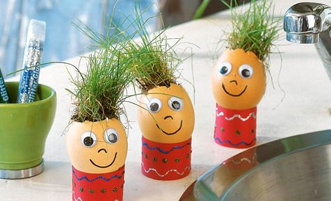 doing this tomorrow with the egg shell leftovers from breakfast.  What a fun rainy day activity to do.
