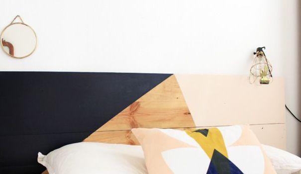 [Inspiration Visite Privée] De la plus traditionnelle à la plus originale, les têtes de lit reviennent en force. En bois, en osier ou capitonnées, elles investissent de nouveau nos chambres et y apportent une touche déco. Elles peuvent également présentées des avantages pratiques non négligeables. Côté Maison a sélectionné pour vous 7 têtes de lits design et modernes qui embelliront votre chambre.