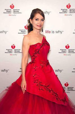 Times Square Gossip: JEAN SHAFIROFF CHAIRS HAMPTONS HEART BALL