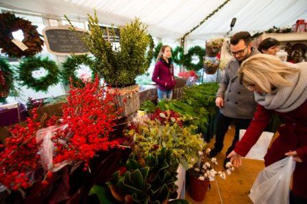 #ShopSM at the International Christmas Market, presented by TELUS #NoelSM