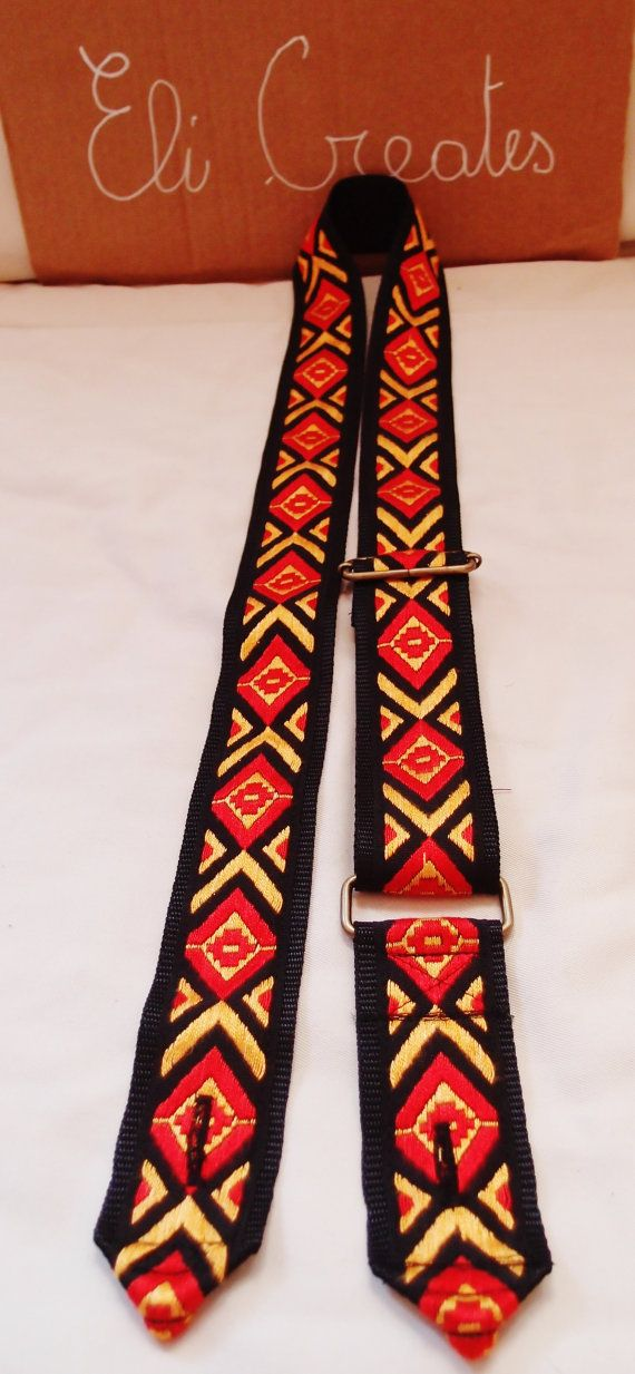 http://www.etsy.com/it/listing/159503489/guitar-strap-tracolla-chitarra