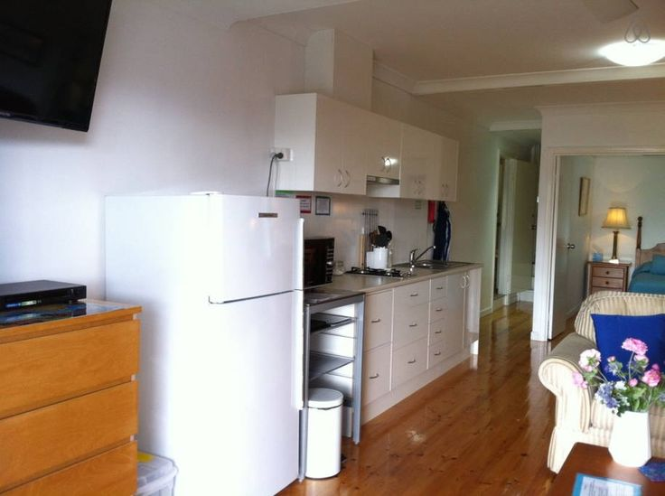 BRISBANE: Inner City apartment with Views & Pool $110pn