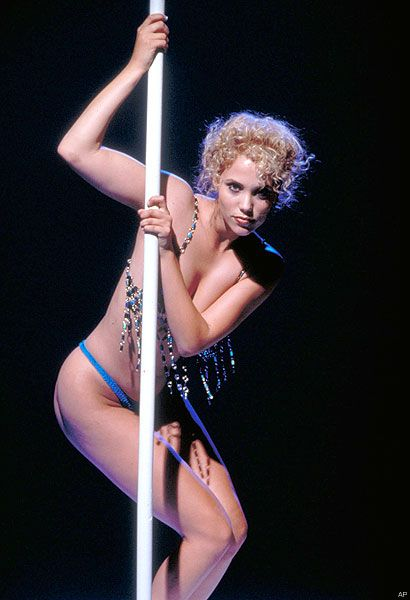 "Elizabeth Berkeley as ""Nomi"" in ""Showgirls"" (1995)"