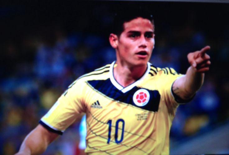 James Rodriguez!!! #columbia #celebrationgoaldance