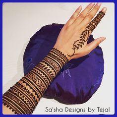 #latenightdoodling #myarm#sleeve#halfsleeve#tats #tattoo #hennatattoo #temptats#henna #mehndi #mendhi #naturalhenna #hennadesign #hennaartist #mehndiartist #artist #design #detail #wedding #asianwedding #indianwedding #tribal#vines#london #croydon #cuff#freehand #freestyle#inspiration#bridalhenna