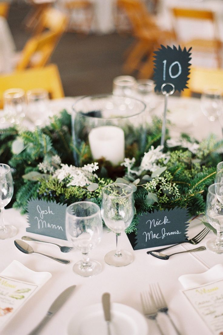 Best round table settings ideas only on pinterest