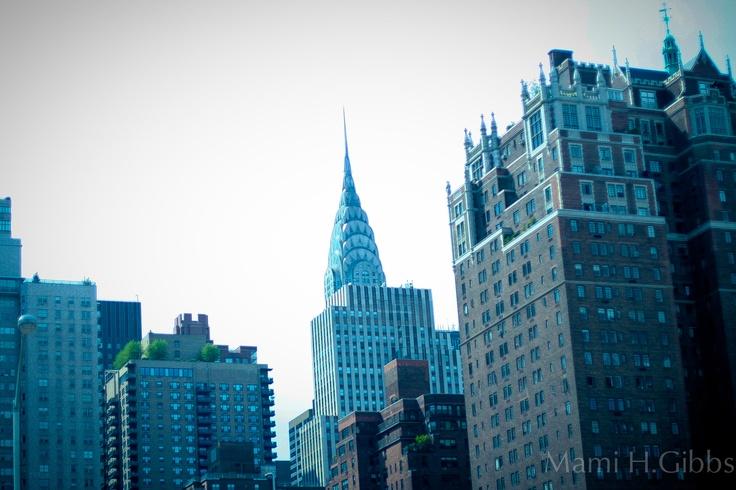 マンハッタンからブロンクスへ車中よりみえた クライスラービルに 2度惚れした。