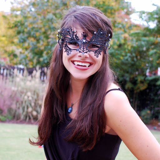 katherine from the vampire diaries at the masquerade halloween costume ideas for womenfinally a cute vampire idea - Halloween Costumes With A Masquerade Mask