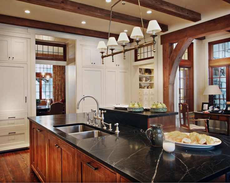 Paint colors that go with wood trim