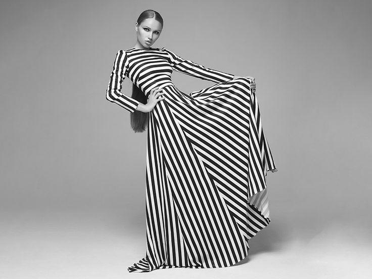 Magiczna sukienka w prezencie – podaruj jej bon na uszycie sukienki marzeń