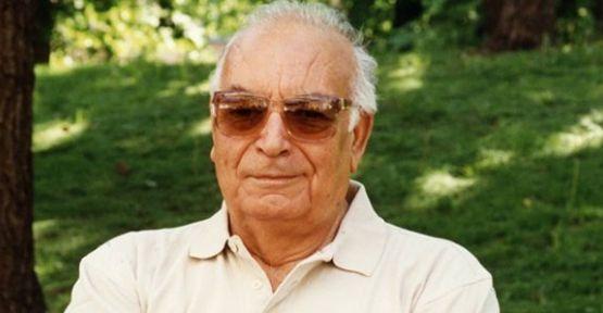 Yaşar Kemal Hastaneye Kaldırıldı; Türk edebiyatının efsanevi ismi yazar Yaşar Kemal, rahatsızlanarak hastaneye kaldırıldı. Yapılan ilk açıklamada Kemal'in solunum cihazına bağlandığı ve 24 saat bekleneceği ifade edildi.