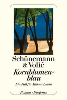 """Milena Lukin, alleinerziehende Mutter, stolpert mehr oder weniger zufällig in ihren ersten Fall. Sie leitet das Belgrader Institut für Kriminologie. Als sie einem befreundeten Rechtsanwalt helfen will, den Fall zweier toter Ehregardisten zu klären, wird sie immer tiefer in den Sumpf der unbewältigten, gefährlichen Geschichtsbrüche Serbiens gezogen. """"Kornblumenblau"""" erscheint bei Diogenes in Zürich (368 S., 19,90 Euro, ISBN 3-257-06833-6)."""