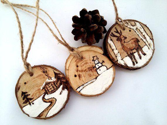 Weihnachtsbaum-Dekor, Weihnachtsspielzeug, rustikale Weihnachtsdekoration, moderne Weihnachten, hölzerne Weihnachtsdekoration, Weihnachtsset, Set von drei, aus Holz