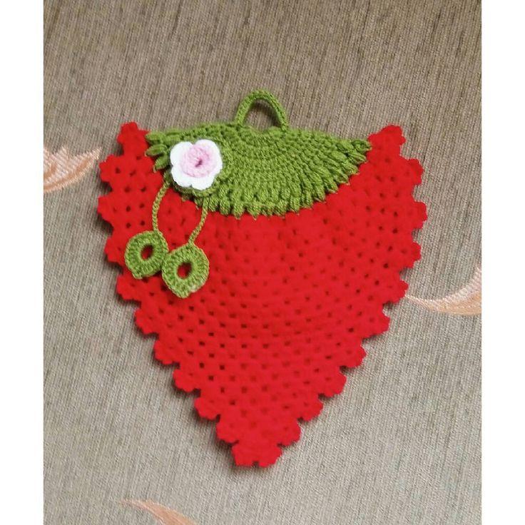 Örgü Çilekli Lif #knitting #lif #elisi #örgü #hobiler #çeyiz #ceyiz #orgu
