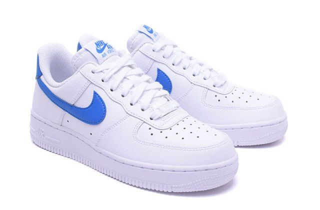 nike air force 1'07 blanche bleue or femme