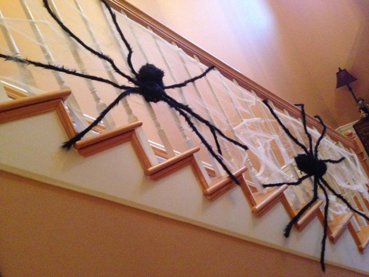 Best Halloween Spiders On Stairs Home Decor Decals Home 640 x 480