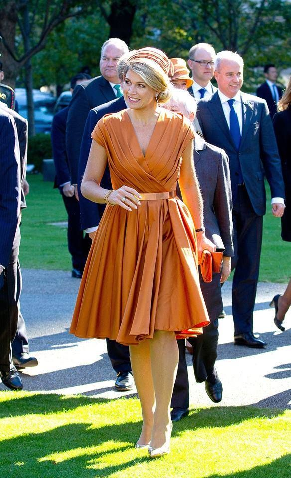 Queen Maxima of The Netherlands arrive in Japan for a three day state visit. Tokyo, Japan, 29 October, 2014. *NEWMYROYALS & HOLLYWOOD FASHİON*
