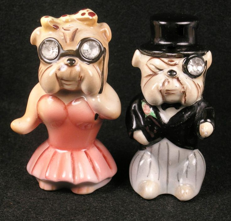 Vintage Lefton Ceramic Anthropomorphic Bulldog Salt & Pepper Shakers.