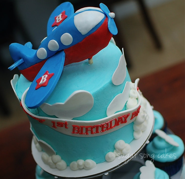 How To Make A Fondant Airplane Cake Topper