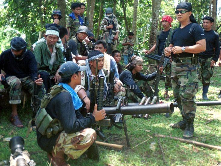 Menurut pejabat Filipina, tentara Filipina bentrok dengan Abu Sayyaf dan merupakan pertempuran yang terbesar pada tahun 2016...