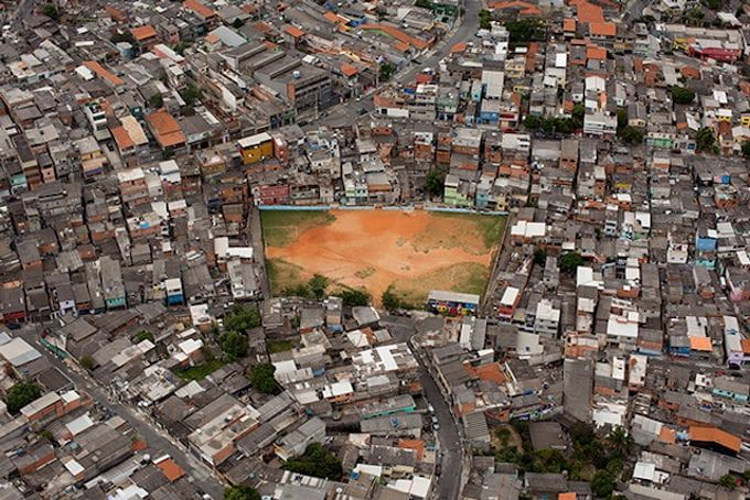 Astonishing Aerial Photos of Football Fields by Renato Stokler