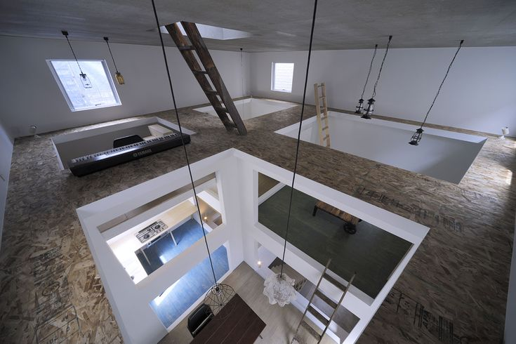 Hiroyuki Shinozaki Architects | 篠崎弘之建築設計事務所  I am just so intrigued with this house..! It is mind-boggling..