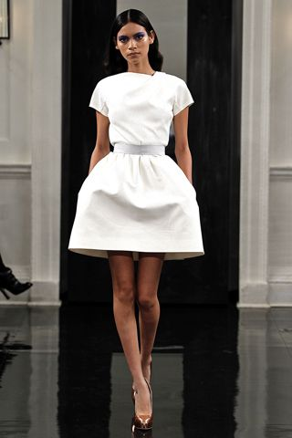 Victoria Beckham does it again.