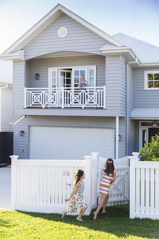 Hampton inspiration in this Brisbane home