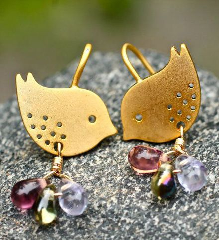 Gold Bird Earrings Love Birds sooo cute  might try shape with Polymer!