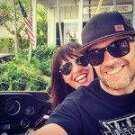 Max Pezzali con la nuova fidanzata su Instagram, l'ex moglie Martina Marinucci si arrabbia