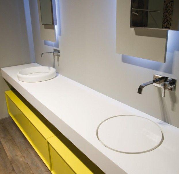 Oltre 25 fantastiche idee su specchi da bagno su pinterest specchi da bagno incorniciati - Produzione accessori bagno ...
