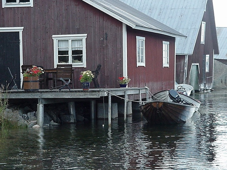 When you love the water, maybe you'll live in   a boat house?