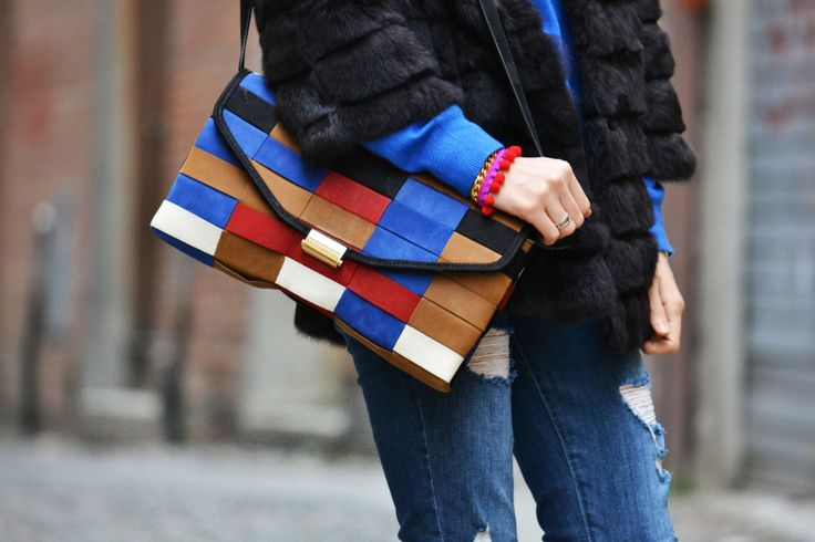 Flora Dalle Vacche is wearing a fashionable & Colorful Clutch by SALAR MILANO! Shop this stylish bag at WWW.FINAEST.COM |#salarmilano #salar #bag #clutch #fashion #moda #mode #beauty #finaest #floradallevacche