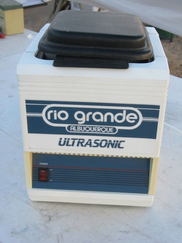 What does the medical/scientific community and lapidarists have in common?   This Bransonic Ultrasonic   Cleaner and Polisher is the only thing as far as we know!!  Great price!  http://rocksinmyhead.biz/QUALITY-PRE-LOVED_c223.htm  RocksInMyHead™ is a Unique Rock, Prospecting & Outdoor Adventure Company.   For gold prospecting, rockhounding, & lapidary tools, supplies, equipment, books, maps, plus lots of great rocks, minerals, fossils, & meteorites, go to our website…