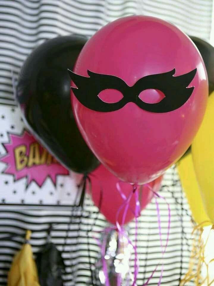 Globos para decoración de fiesta temática de superheroes de comics