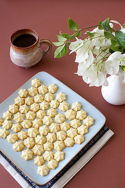 Melting Moments/Perfect Eggless Cookies by Anushruti RK, via Flickr vanilla or cardamom flavor #eggless #cookie #recipe