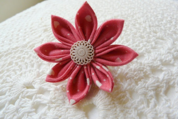 Hearts and dots on pink cotton kanzashi flower hair by ImwtheBand