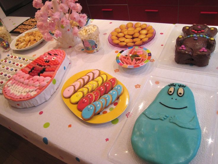 les 25 meilleures id es de la cat gorie gateau barbapapa sur pinterest g teau d 39 anniversaire. Black Bedroom Furniture Sets. Home Design Ideas