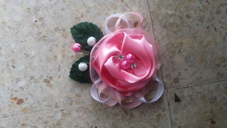 brooch for cousin wedding