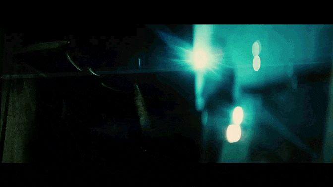 """""""Un solo uomo decide chi vive e chi muore. Questa è giustizia?"""" http://go.wbros.it/p2lt #BatmanVSupermanIT #UltimateEdition"""