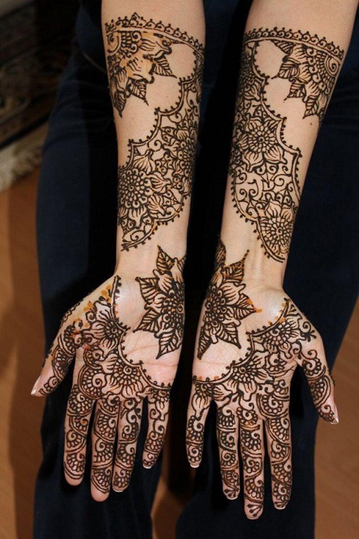 henna mehndi2 Beautiful Mehndi Designs http://www.fashioncentral.pk/blog/2011/10/15/traditional-ideas-for-mehandi-function/