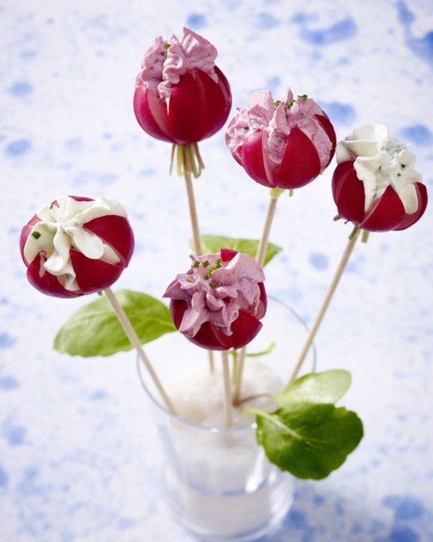 Unser beliebtes Rezept für Radieschen-Blüten mit Frischkäse und mehr als 55.000 weitere kostenlose Rezepte auf LECKER.de.