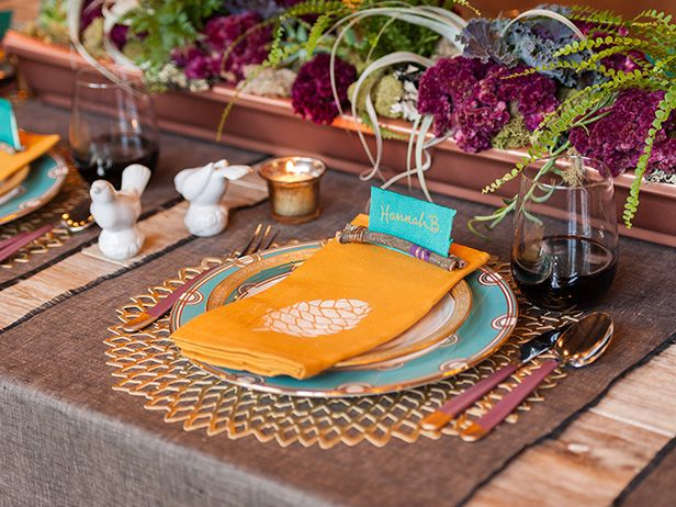 Pretty, Rustic Place Setting >> http://blog.diynetwork.com/maderemade/how-to/make-these-pretty-rustic-place-card-holders?soc=pinterest