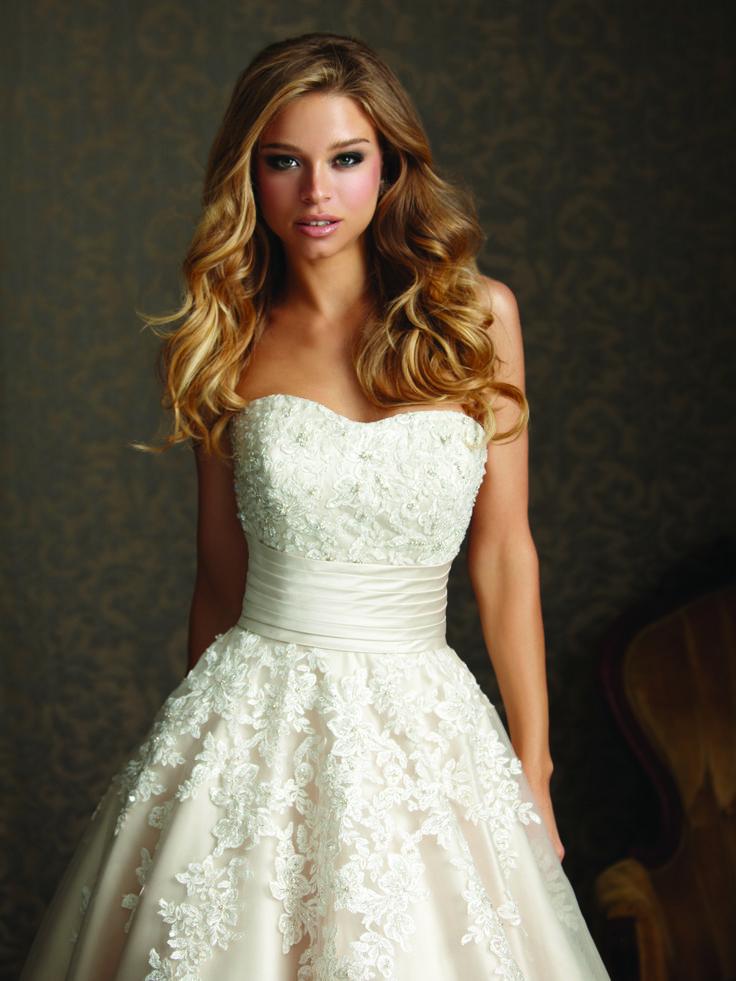 Strapless Wedding Dress I Wedding Gown I Bride I Bridal Gown I Allure Bridals (2513).
