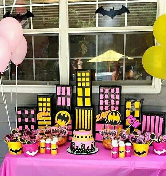 Batgirl Party Decorations